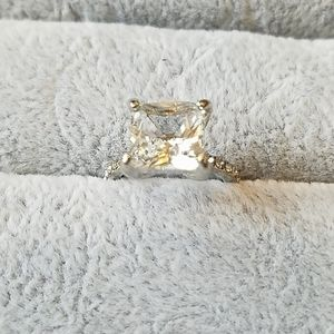 2 carat princess cut engagement ring